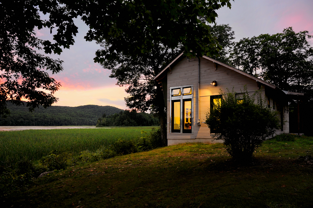 linesync lake bomoseen house  ulaby brand house